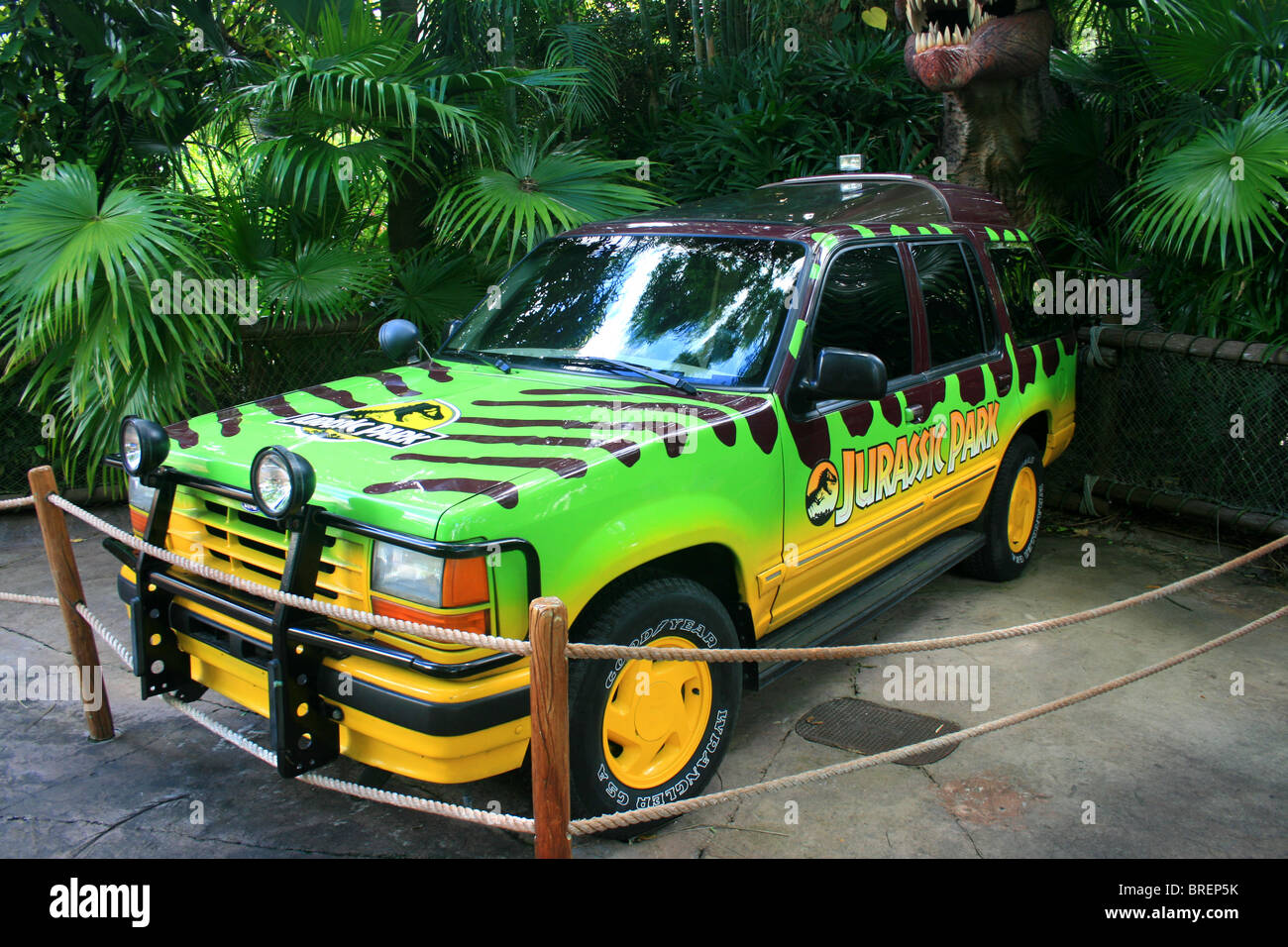 Jurassic park jeep cherokee stock photo royalty free image 31672191 alamy
