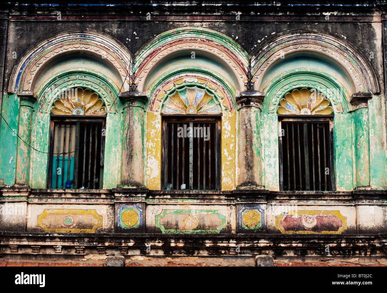 Old south indian house window architecture in kothacheruvu for Indian house window