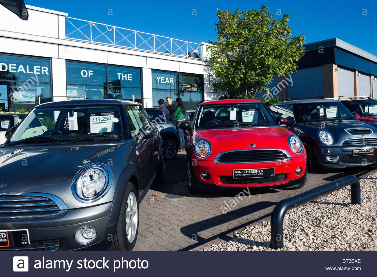 mini used cars on a garage forecourt in cheltenham uk. Black Bedroom Furniture Sets. Home Design Ideas