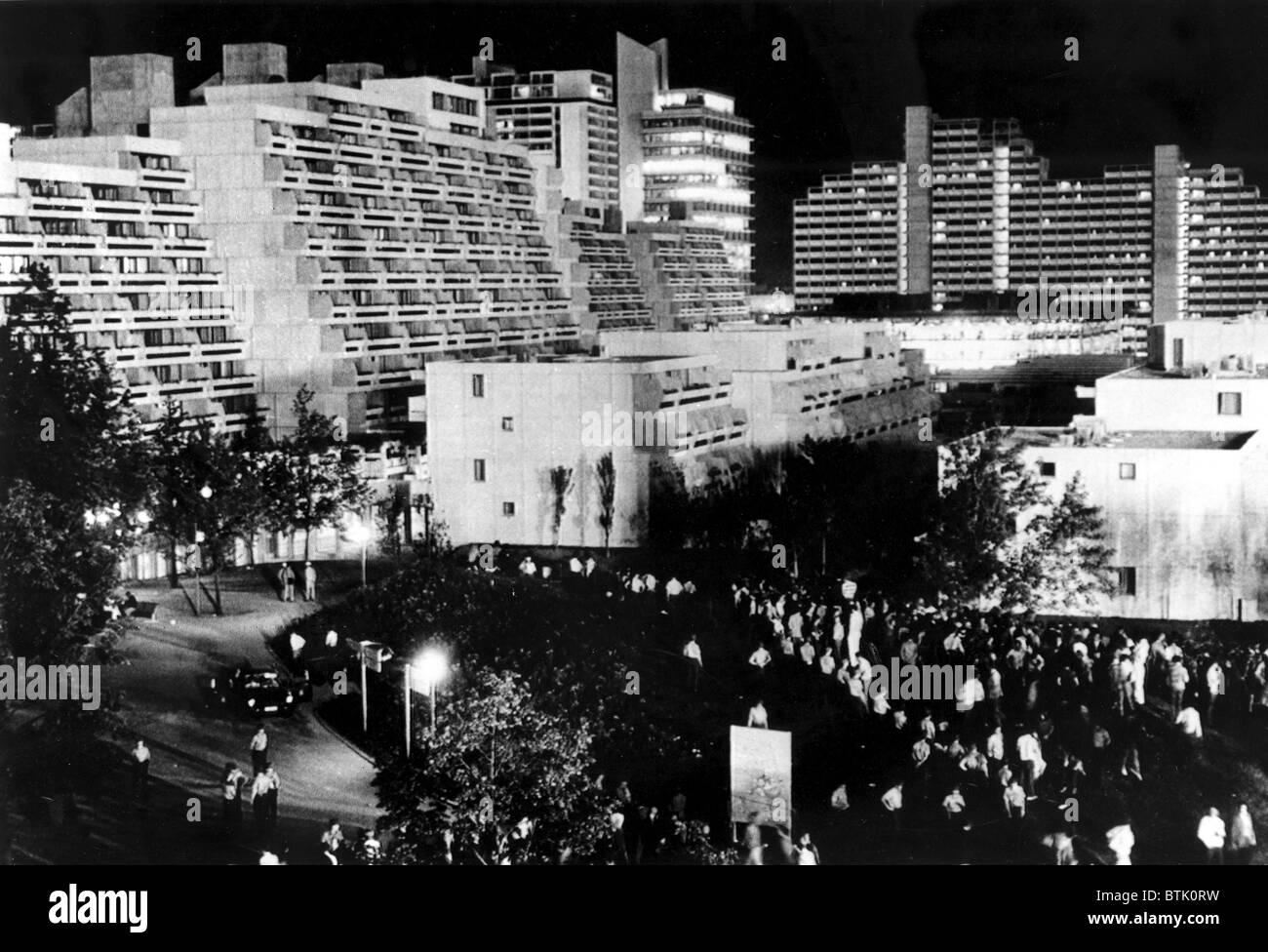 download Hegemonia y estrategia socialista 1987