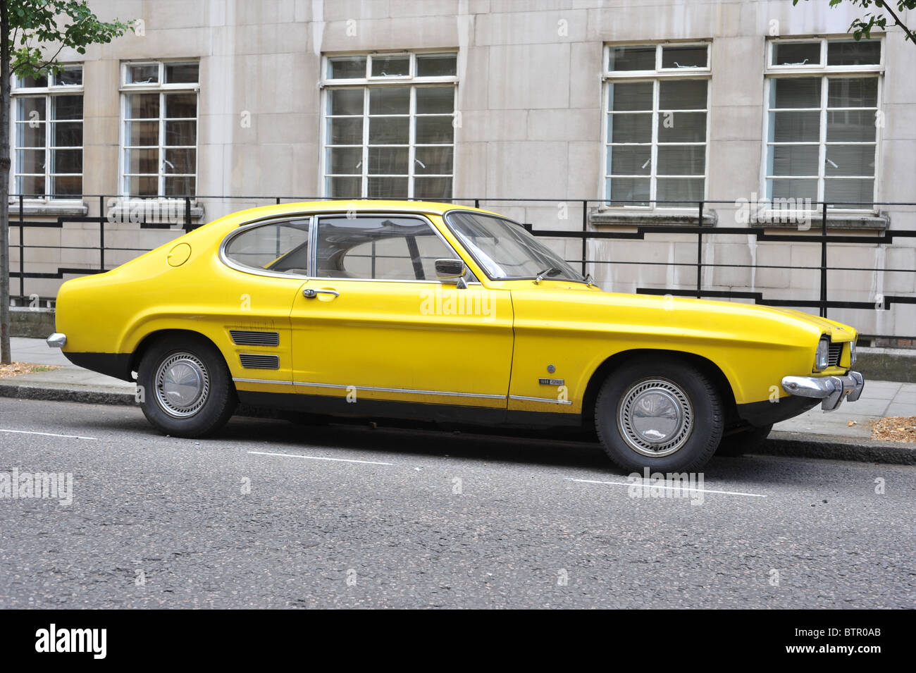 yellow ford capri stock photo royalty free image 32467299 alamy. Black Bedroom Furniture Sets. Home Design Ideas