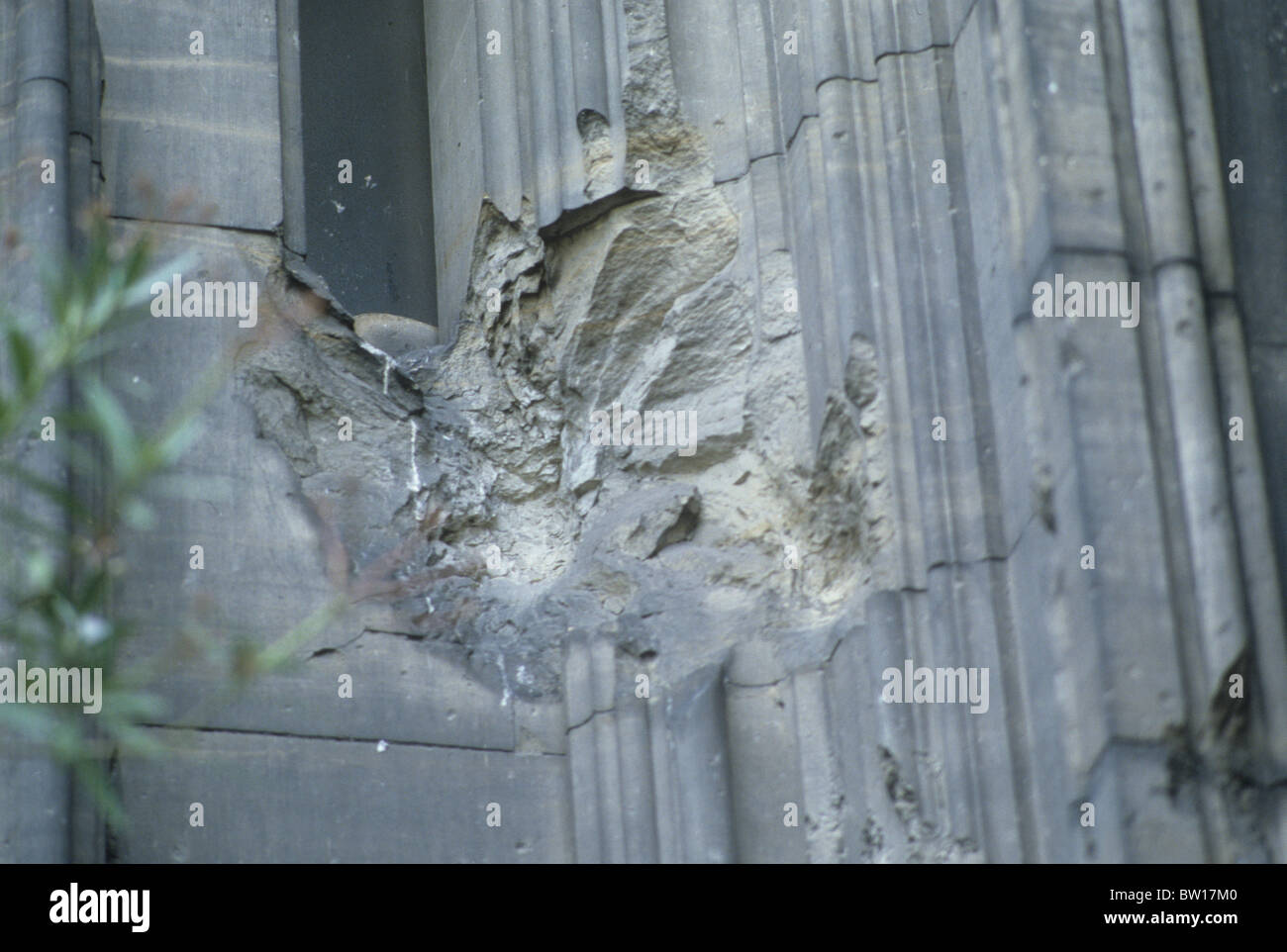 Cologne cathedral germany german world war 2 ii damage for Koln ww2