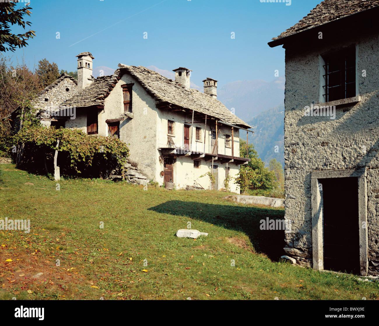 Alp farms dunzio house wall loggia valley of maggia for Loggia house