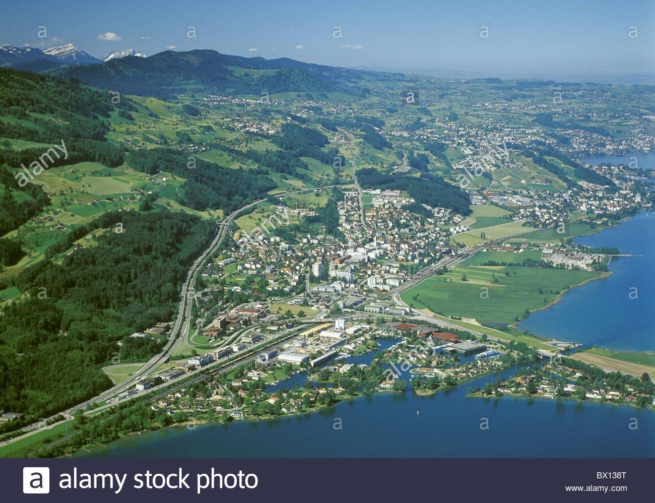 Aerial photo canton schwyz dam hill lake lake dam obersee for Innendekoration pfaffikon zh