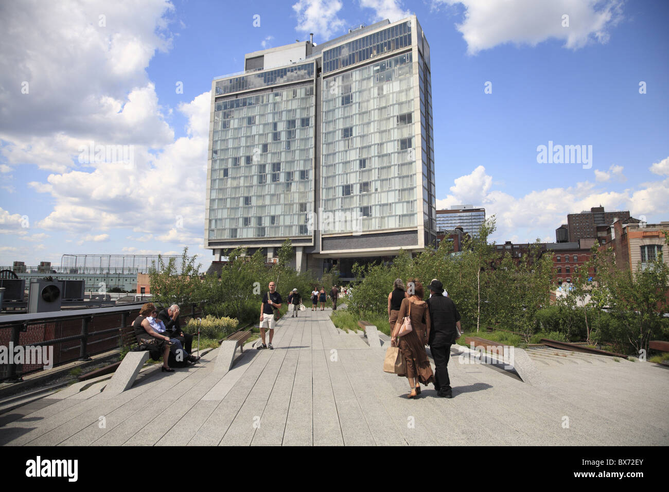 Standard hotel high line elevated public park on former for The highline hotel new york