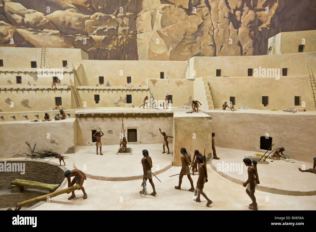 diorama-depicting-chacoan-life-at-the-ch