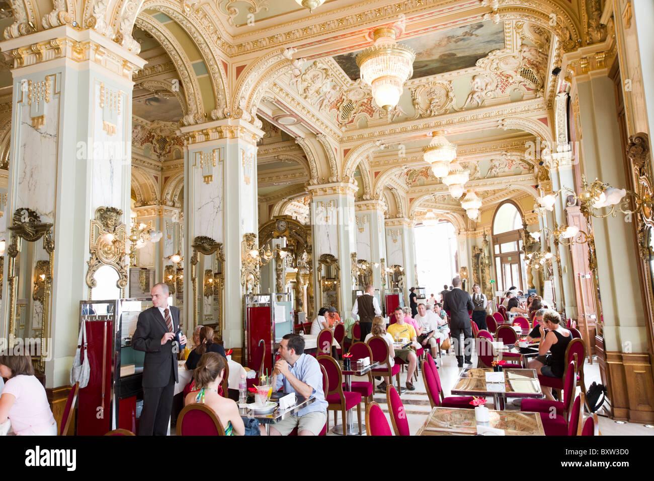 Cafe New York Budapest Hotel