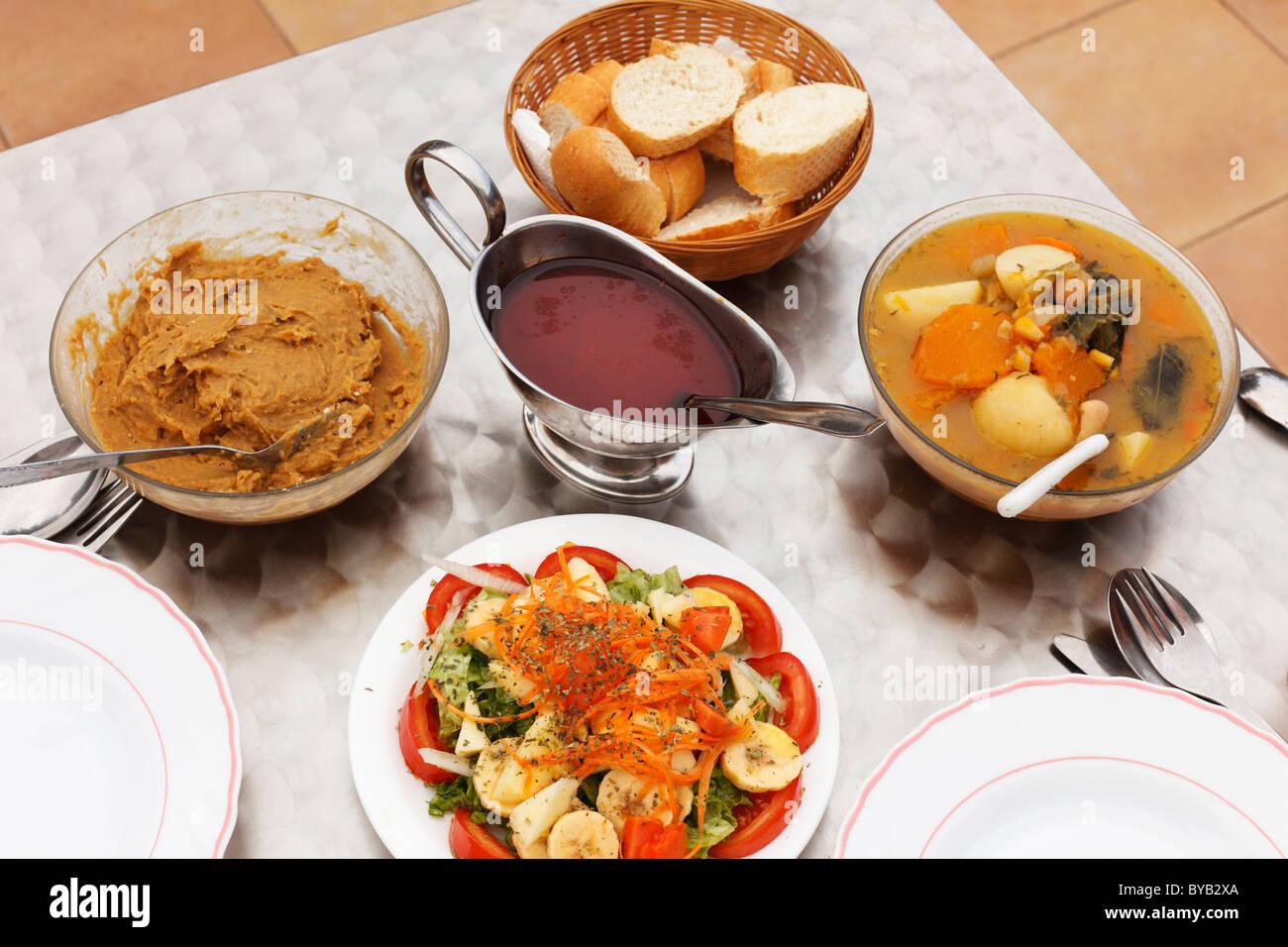 Vegetarian menu with traditional canarian food gofio for Bar food la menu