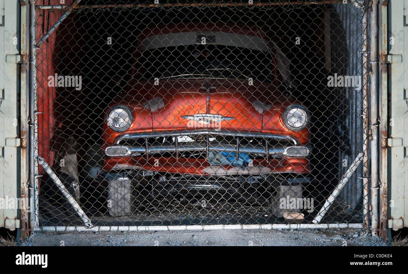 Antique autos 1950s american classic cars havana cuba for American classic antiques