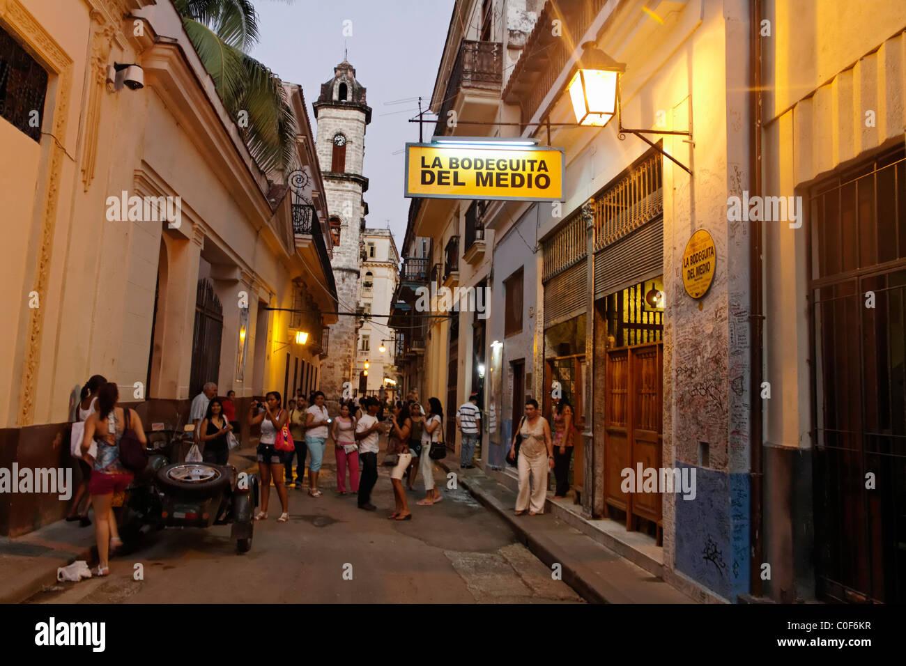 La Bodeguita del Medio, Havanna Viejo, Hemingways Bar in Havanna, Cuba,  Stock Foto
