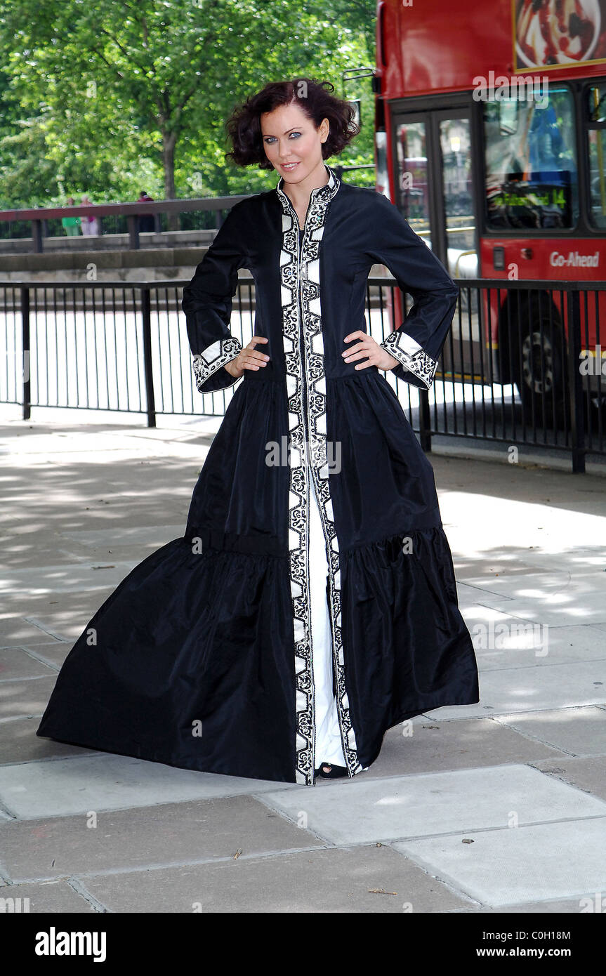 Linzi Stoppard models the world's most expensive abaya. The diamond-encrusted Islamic dress, designed by couture Stock Photo