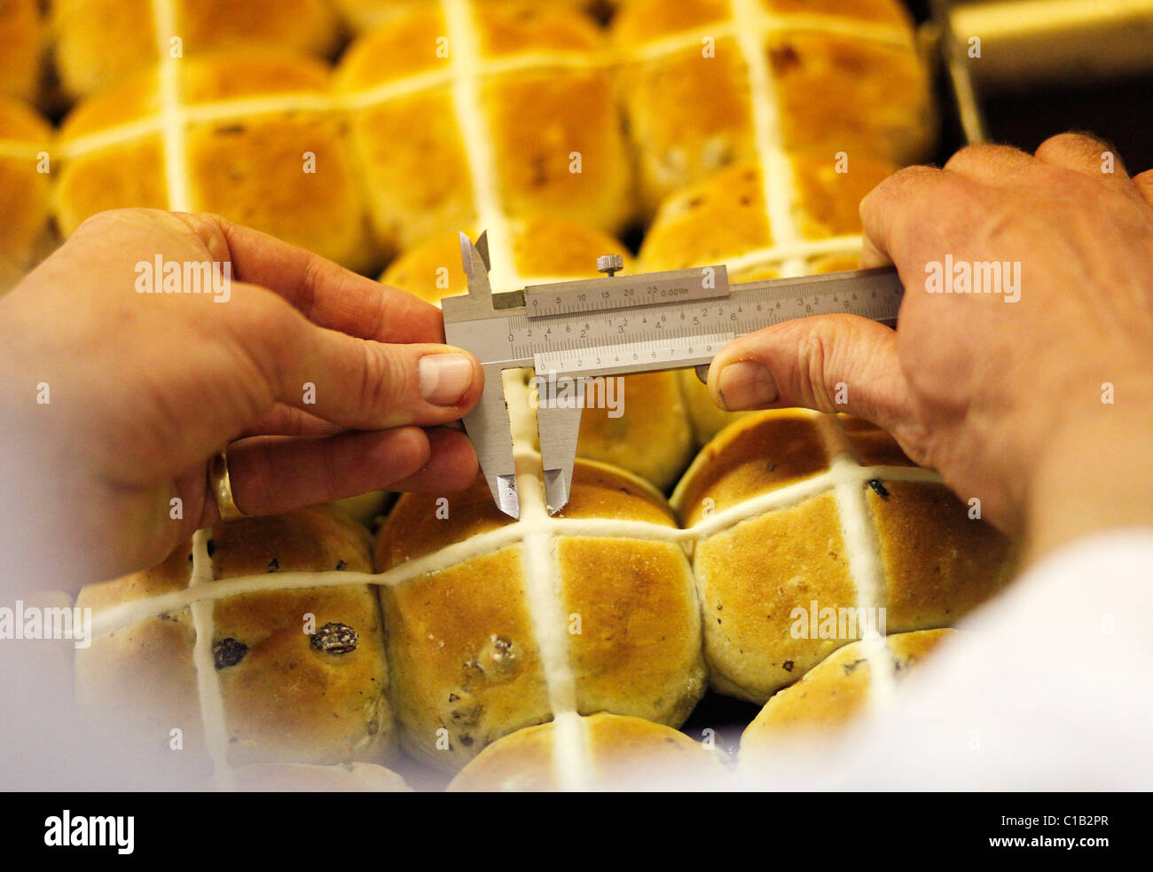 hot-cross-buns-are-made-at-nothern-foods