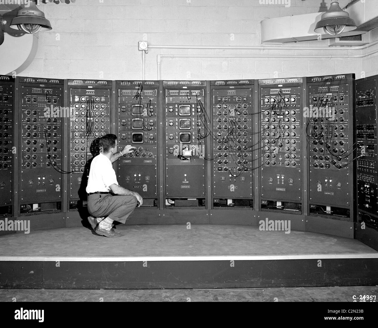 Analog Computing Machine, an early version of the modern computer. Stock Foto