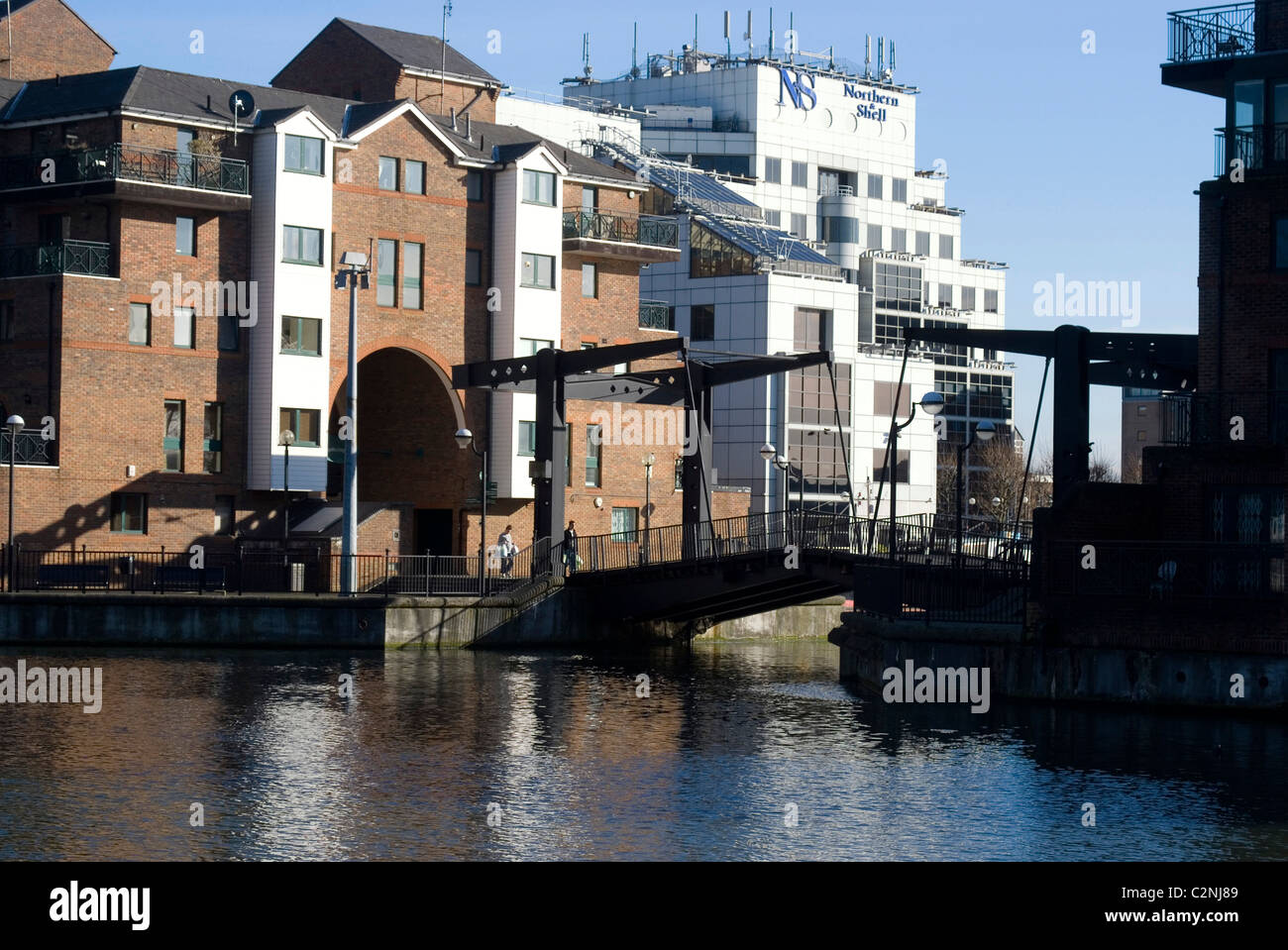 glengall bridge a dutch style lift bridge in the heart of docklands stock photo royalty free. Black Bedroom Furniture Sets. Home Design Ideas