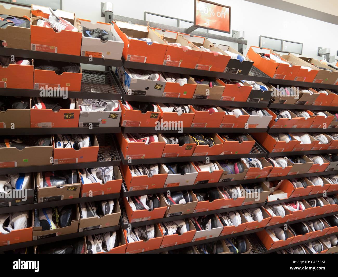shoes for sale at nike outlet store tanger outlets. Black Bedroom Furniture Sets. Home Design Ideas