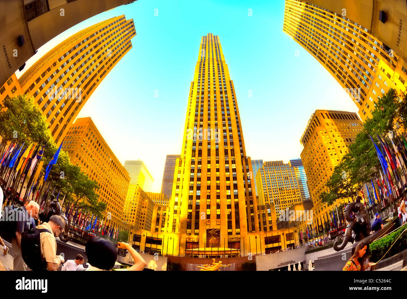 rockefeller-center-plaza-ge-building-man