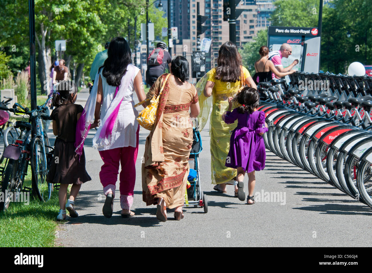 hindu single men in montreal Reasons why white american women don't indian men are usually at the bottem of the totem pole of inter-racial dating positives of indian indian men smell god.