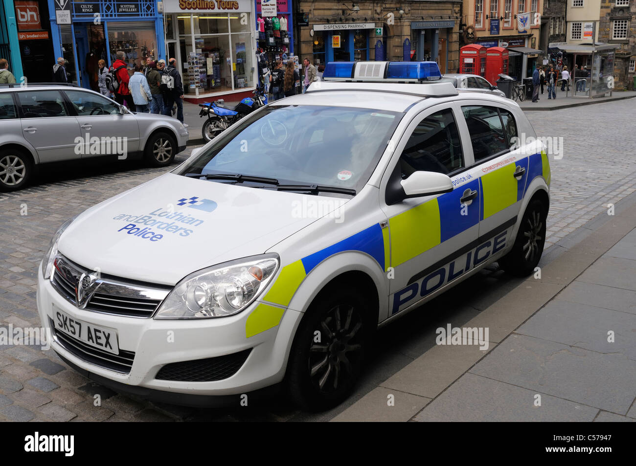 lothian-and-borders-police-car-parked-on