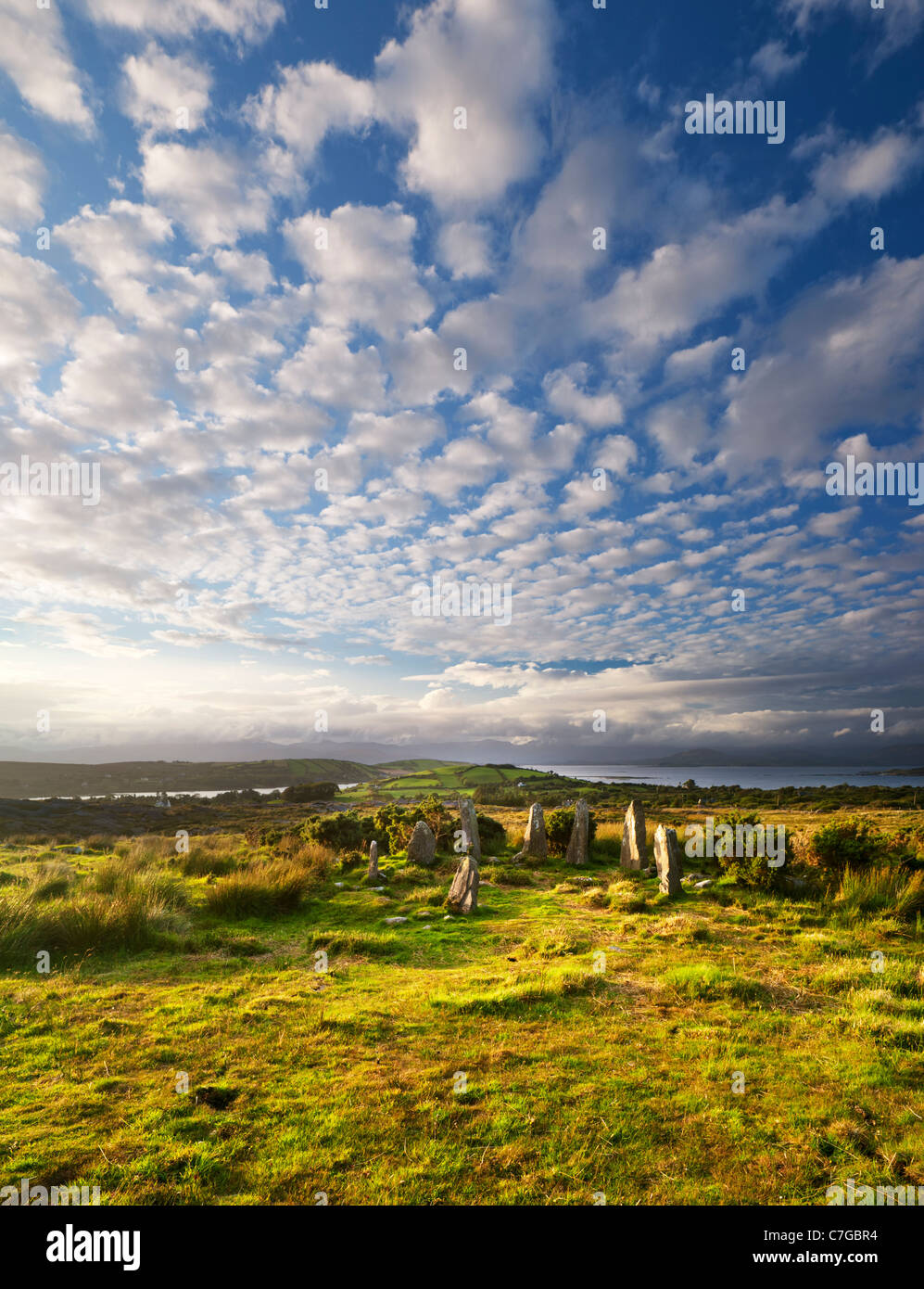 the-stone-circle-near-ardgroom-beara-peninsula-county-cork-ireland-C7GBR4.jpg