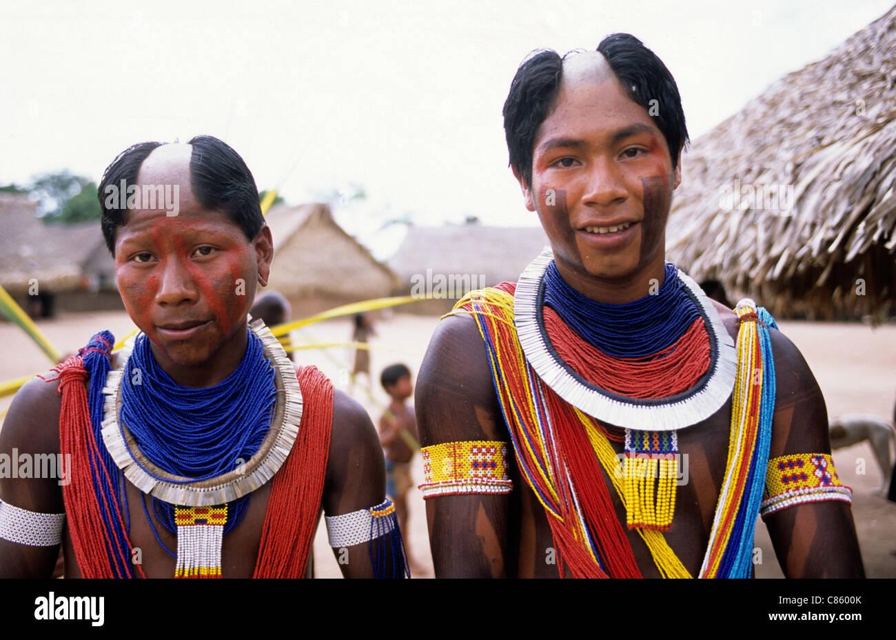 VISUAL JUNKEE - KAYAPO COURAGE: The Amazon tribe has