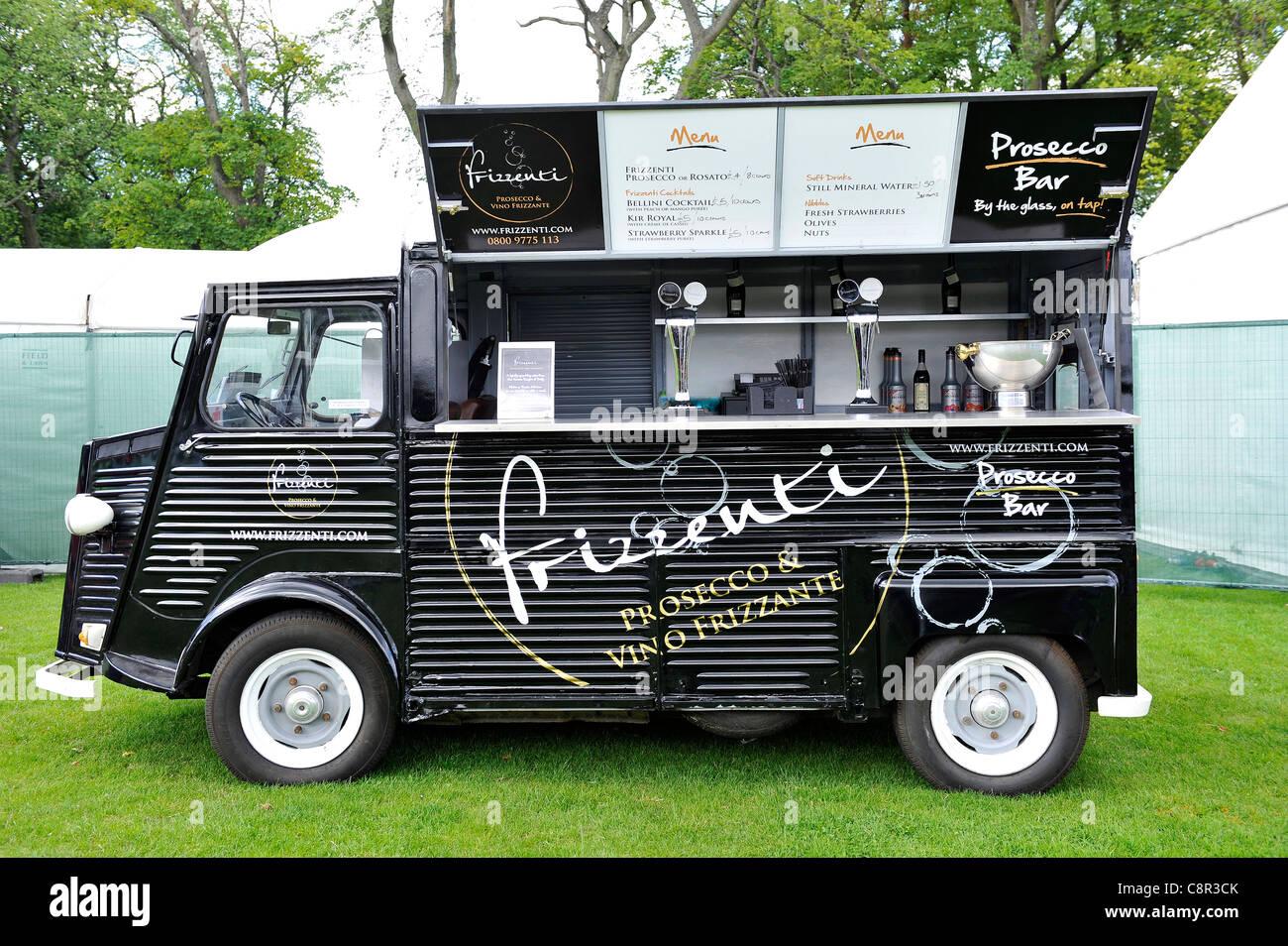 Vintage citroen van that has been converted into a mobile - Mobile bar vintage ...