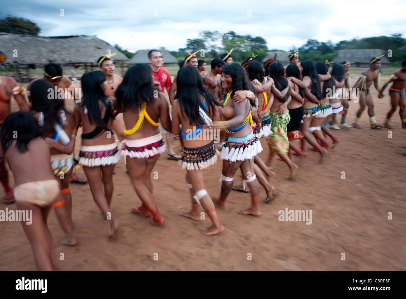 Vanishing Cultures Photography | Waura-Xingu-Brazil