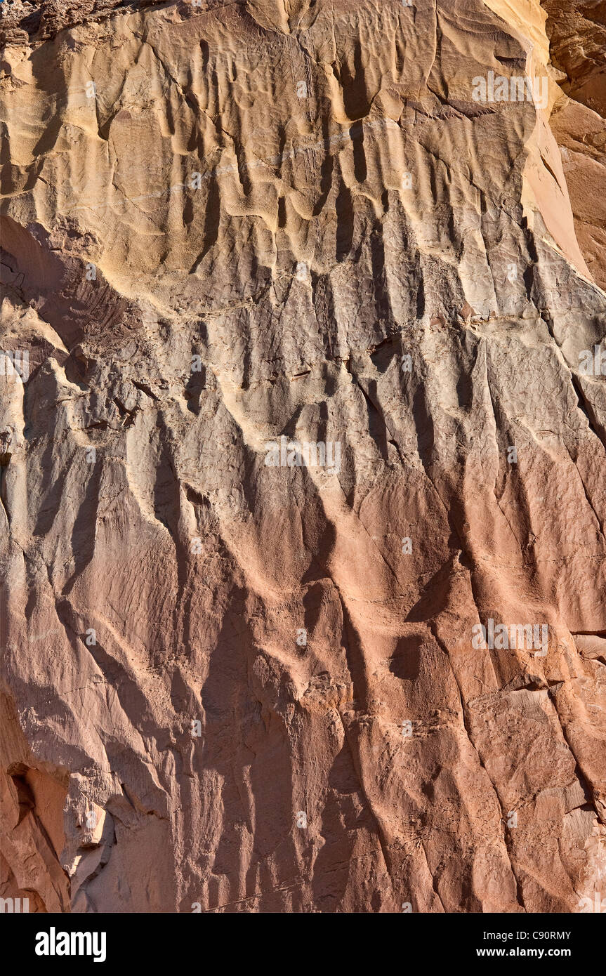 Natural Rock Faces : Rock face at echo amphitheater natural alcove in a