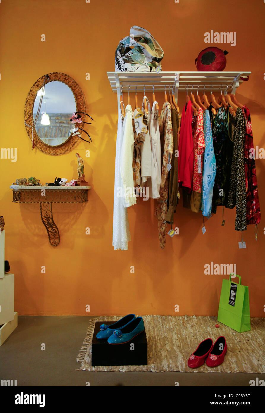 Uruguay clothing stores