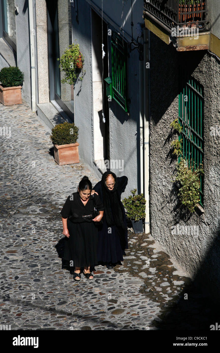 "nuoro women The secret behind italy's rarest pasta no one can remember how or why the women in nuoro started preparing su filindeu (whose name means ""the threads of god."