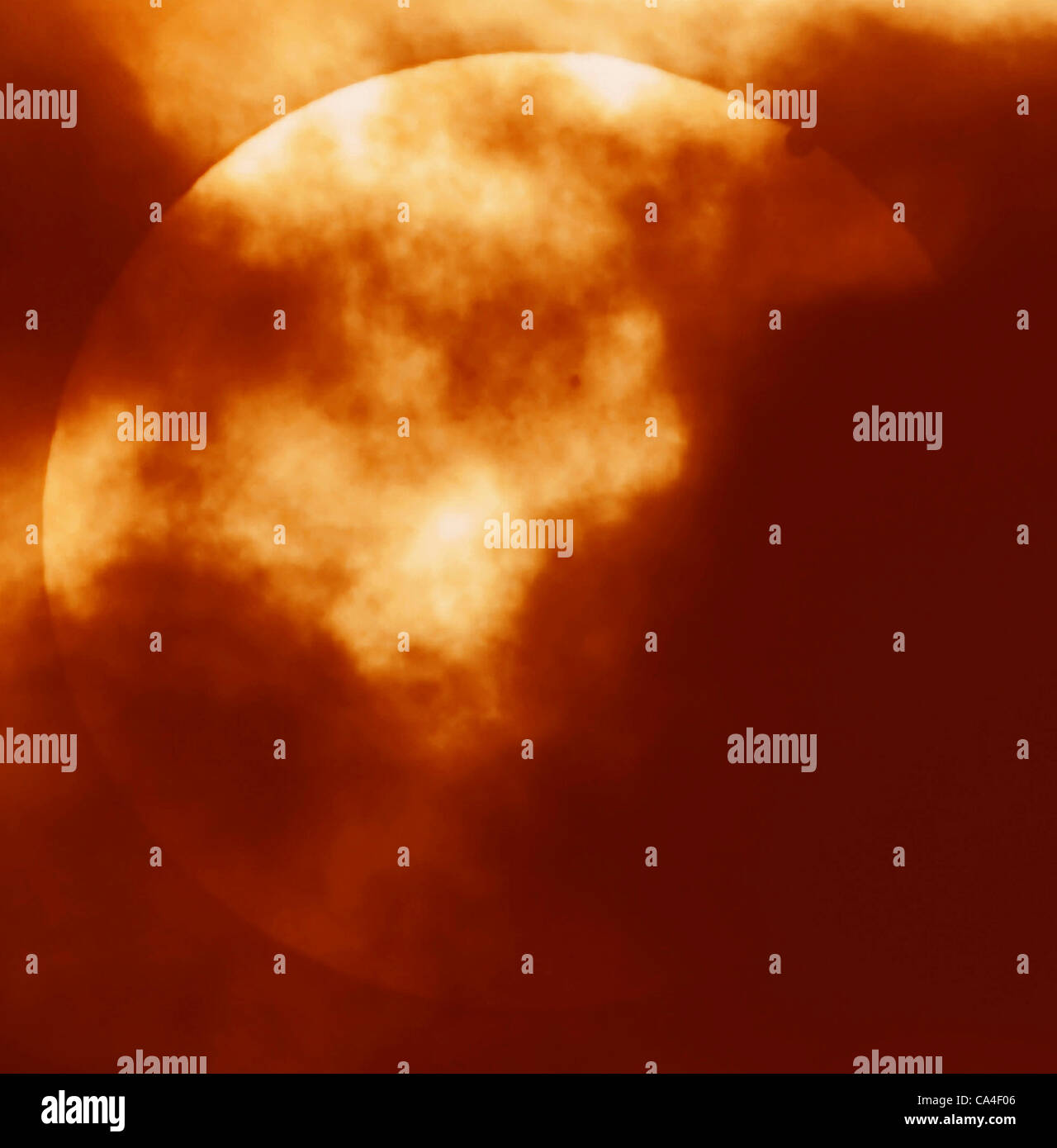 a-rare-venus-transit-of-the-sun-on-the-6