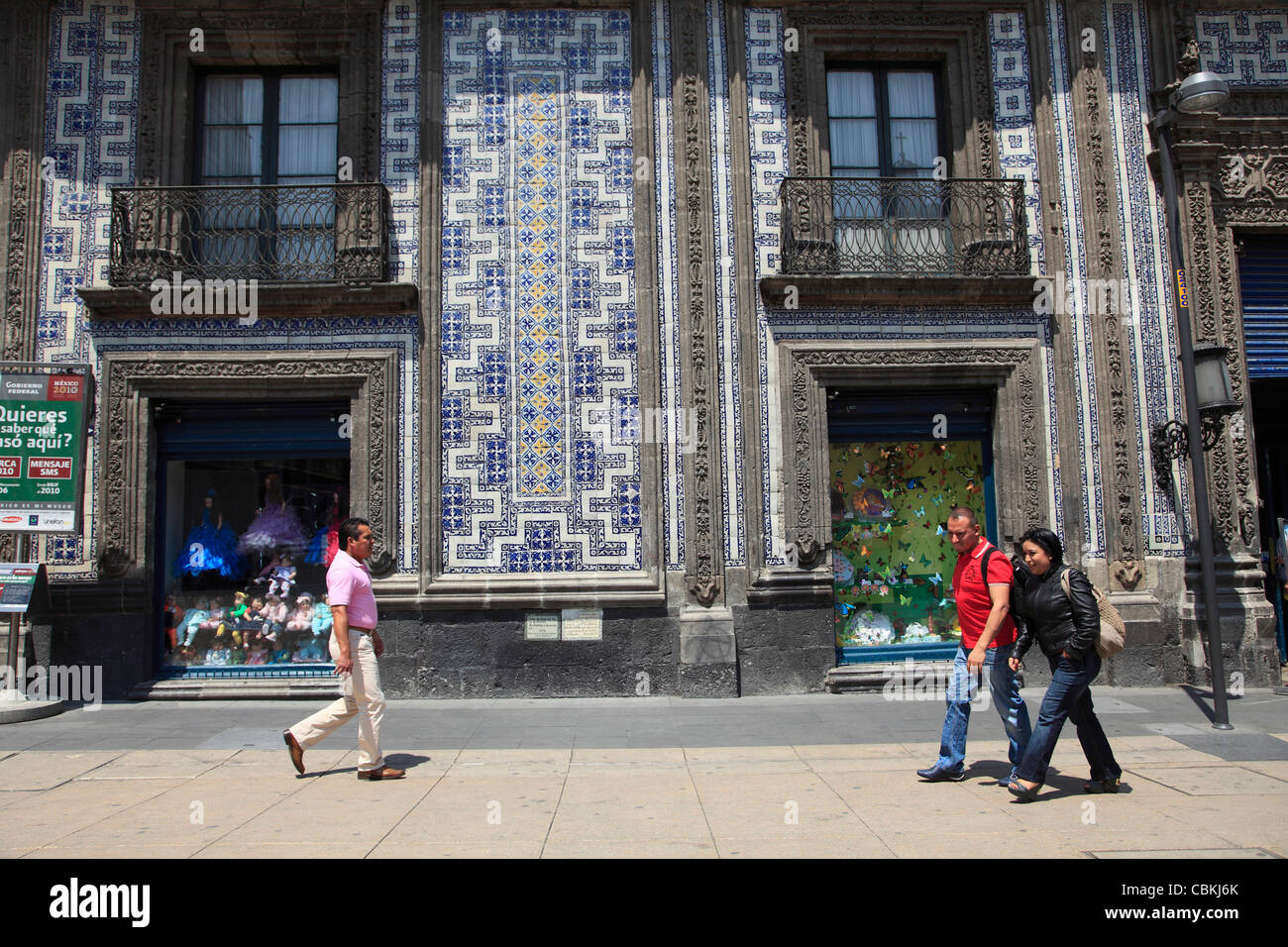 Sanborns department store casa de los azulejos house of for Edificio de los azulejos