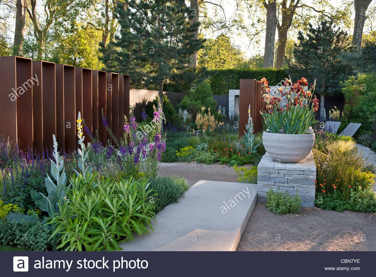 The Best in Show RHS Chelsea Flower Show 2010 Daily Telegraph Garden Stock Ph