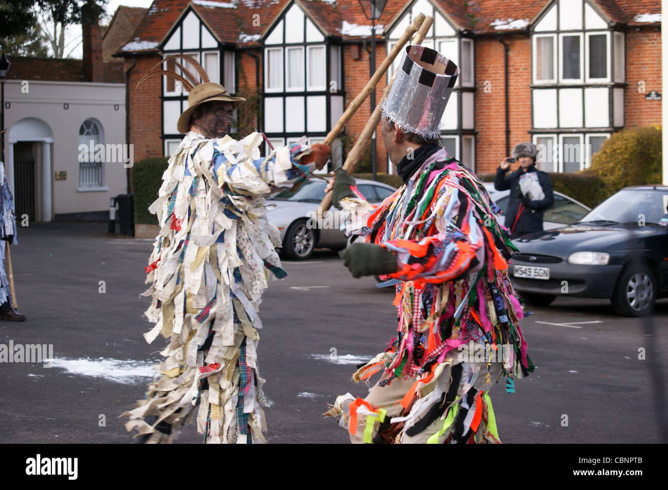 odiham-mummers-boxing-day-performance-od