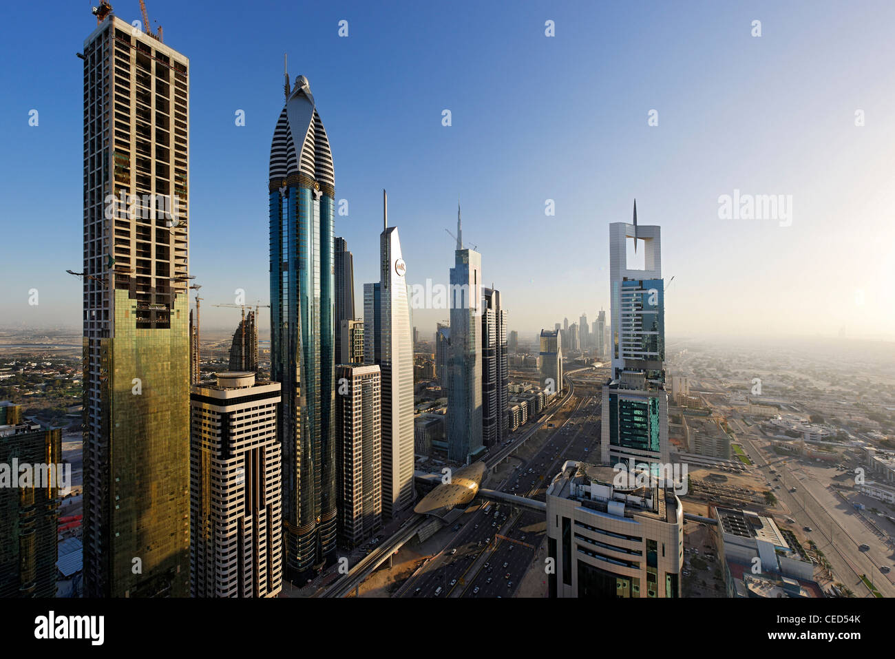 View of downtown dubai to the left rose rayhaan by rotana for Modern hotel dubai
