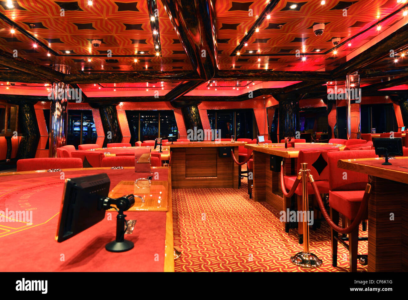 casino cruise dubai