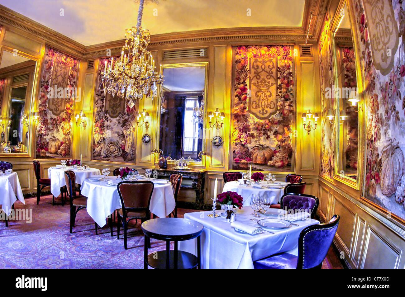 paris france haute cuisine fancy french restaurant l 39 ambroisie stock photo royalty free. Black Bedroom Furniture Sets. Home Design Ideas