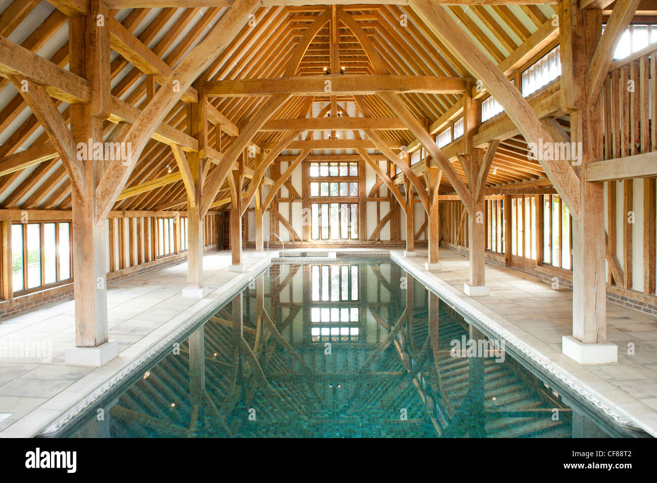 Indoor swimming pool in barn conversion with beautiful for Pole house piscine
