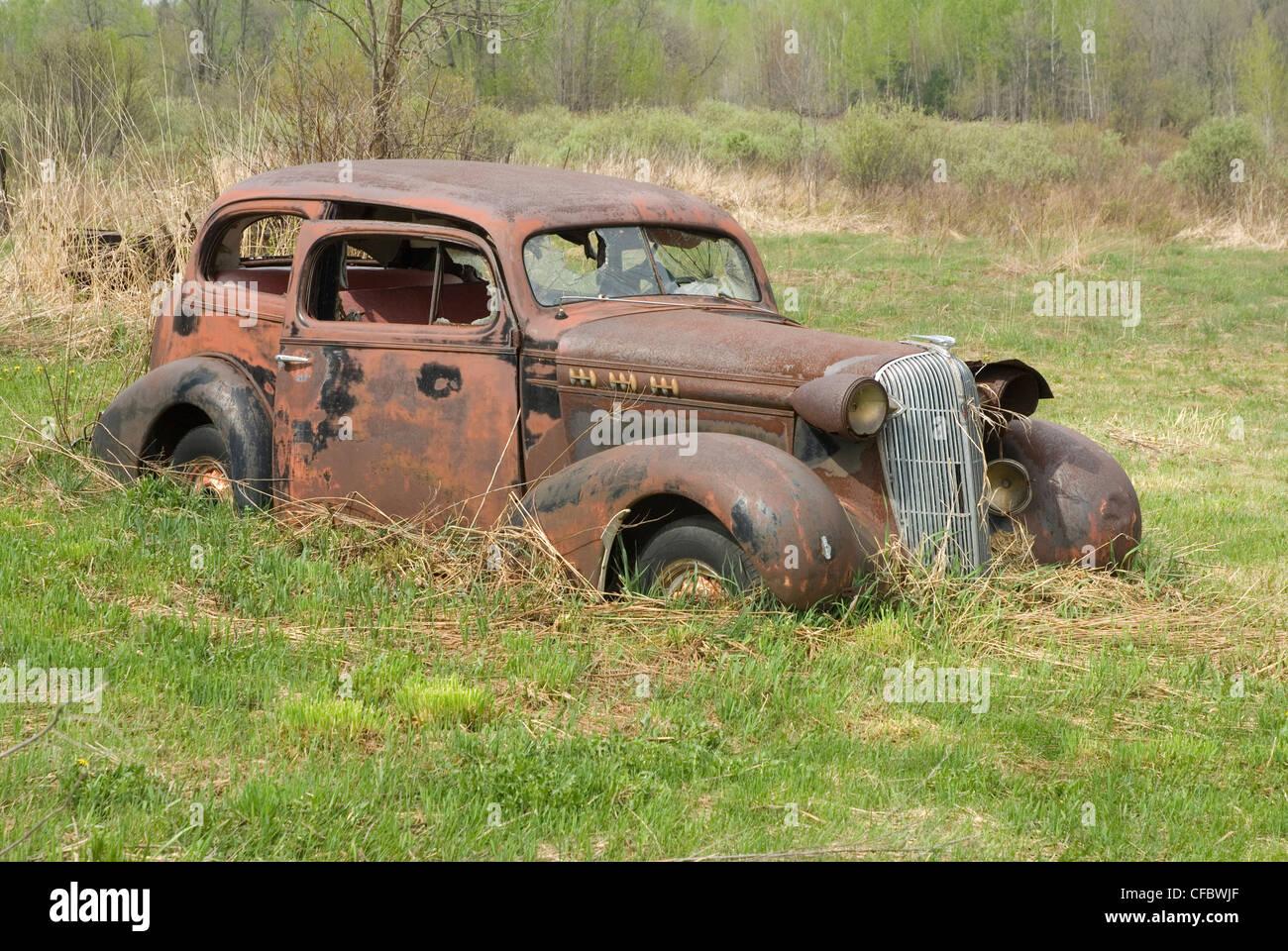 Generous Old Cars In Fields Ideas - Classic Cars Ideas - boiq.info