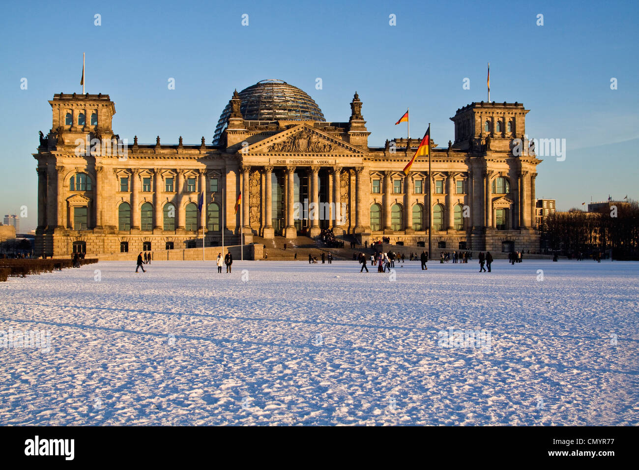 Reichstag building in winter with snow, outdoors, Berlin, Germany, Europe Stock Foto
