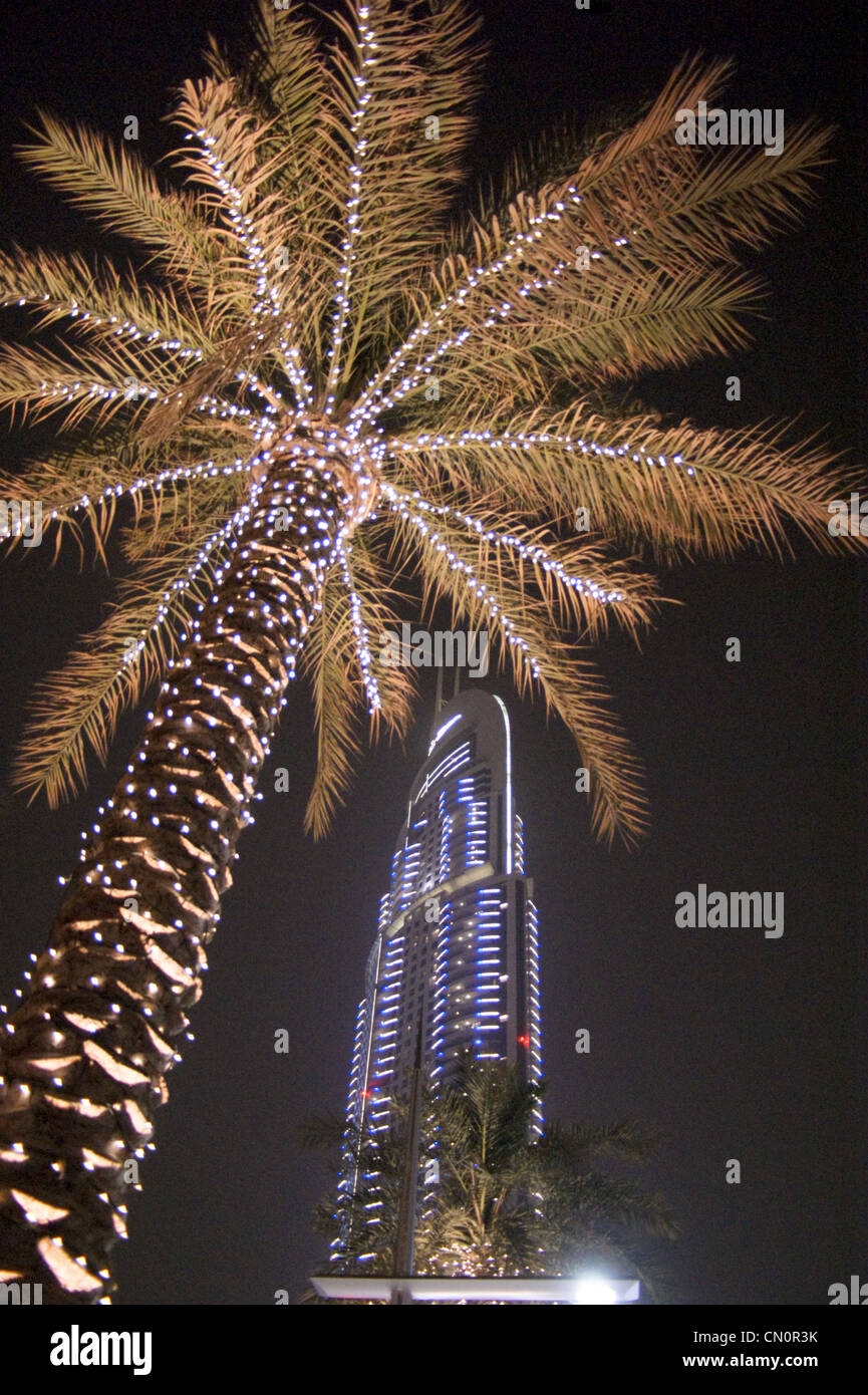 downtown-address-tower-at-night-dubai-un