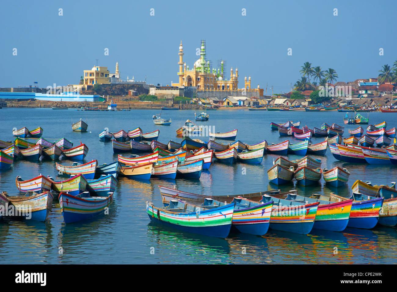 Vizhinjam fishing harbour near kovalam kerala india for Places that sell fish near me