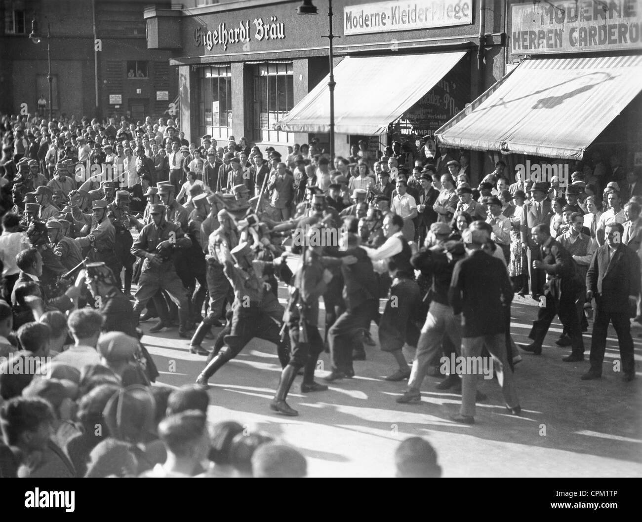 Street fighting between the KPD and NSDAP from 'Horst Wessel', 1933 Stock Photo