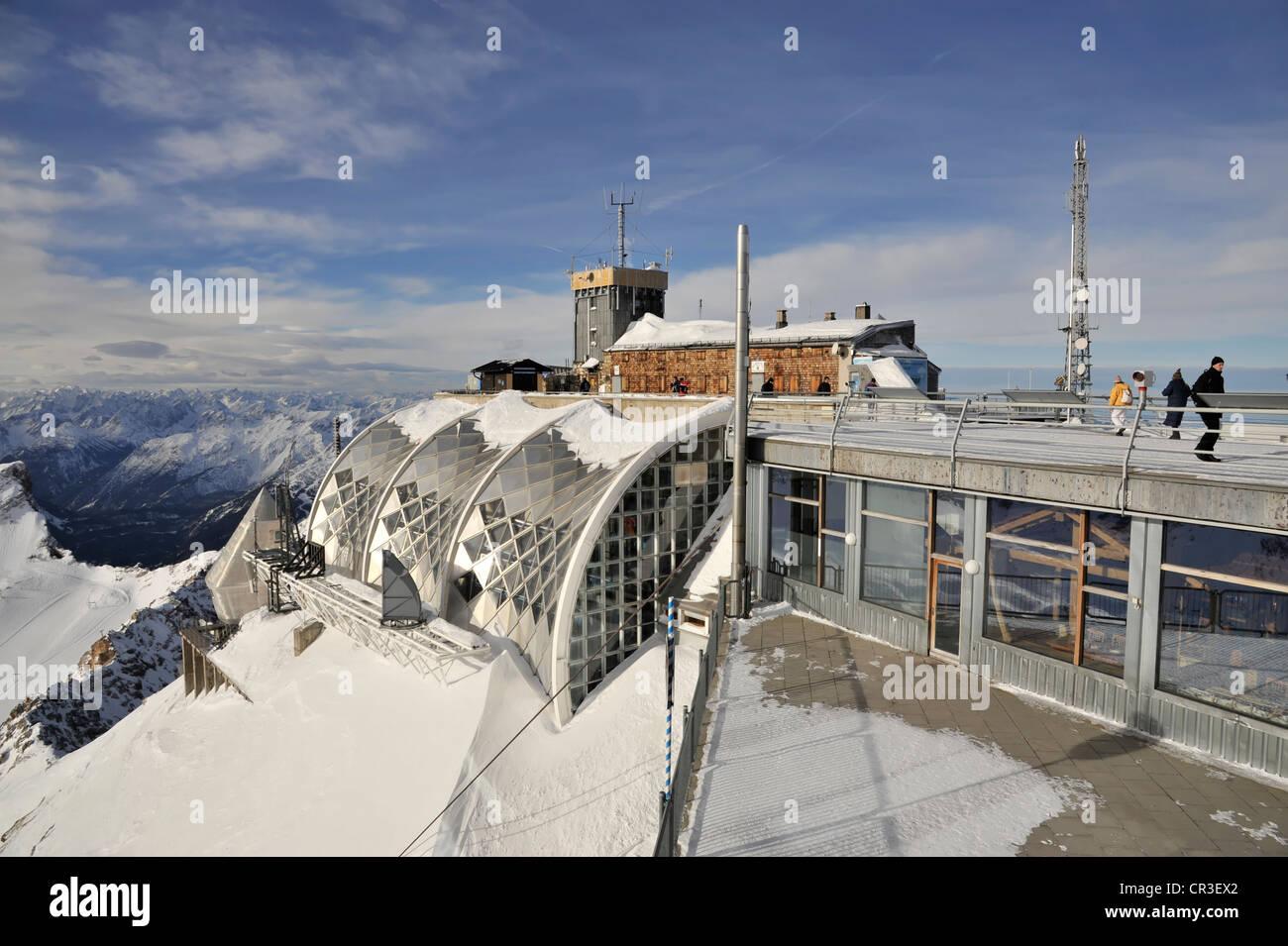 Muenchner Haus weather station in winter Mt Zugspitze