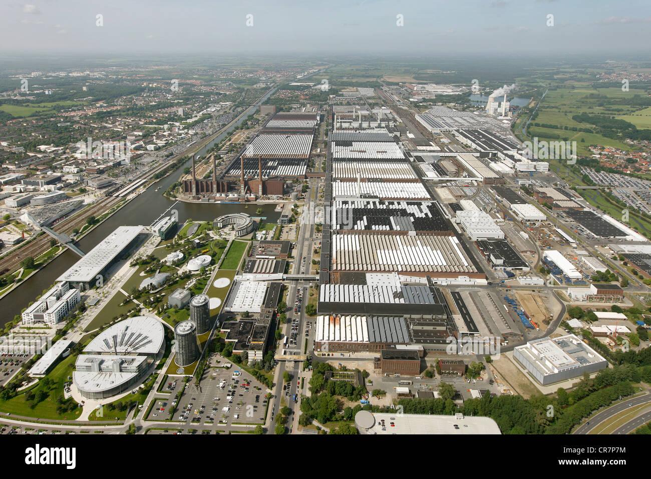 aerial view volkswagen plant vw factory autostadt. Black Bedroom Furniture Sets. Home Design Ideas