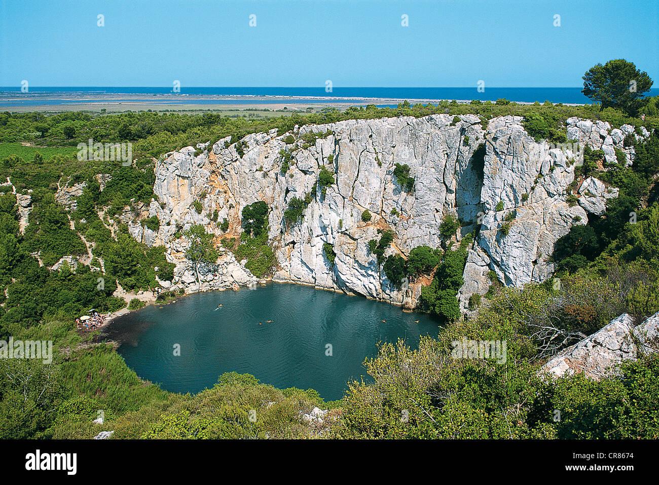 France aude st pierre la mer oeil doux abyss stock - Saint pierre la mer office du tourisme ...