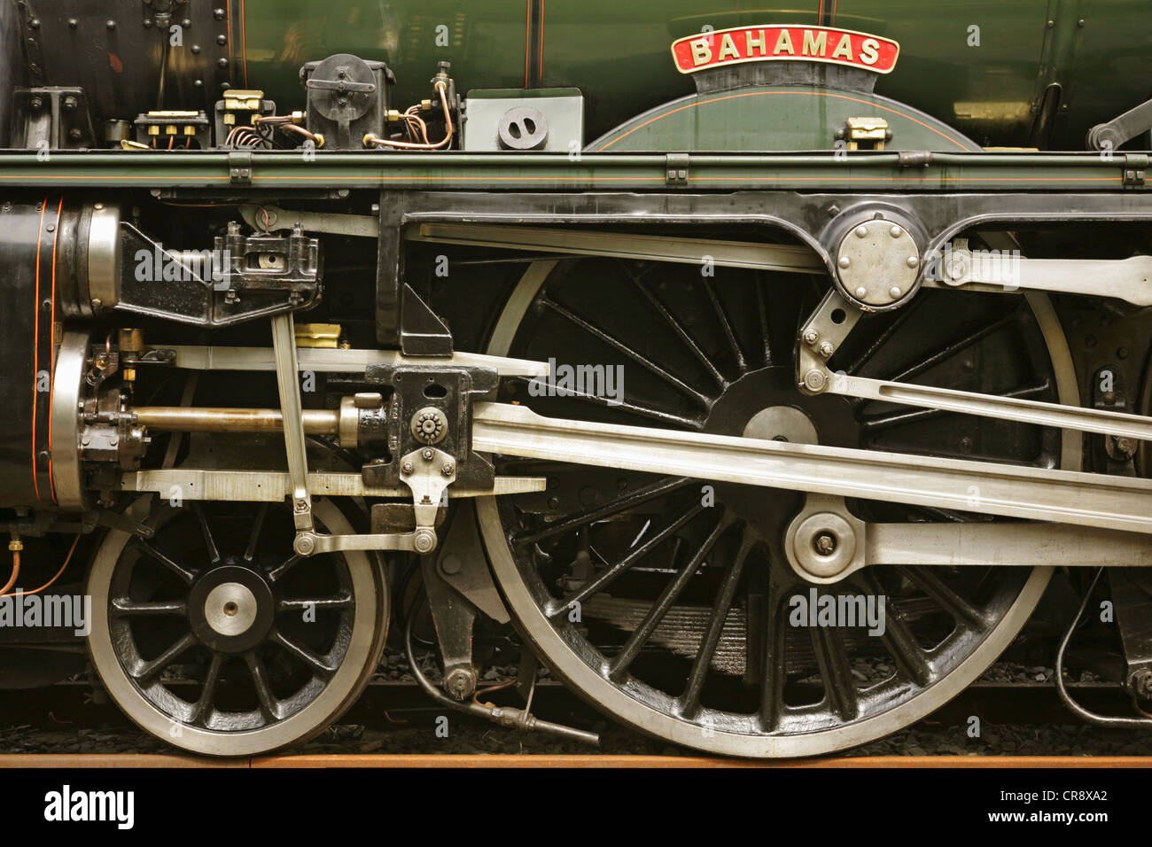 Steam Engine Wheel Driving : Nameplate and driving wheels of preserved lms jubilee