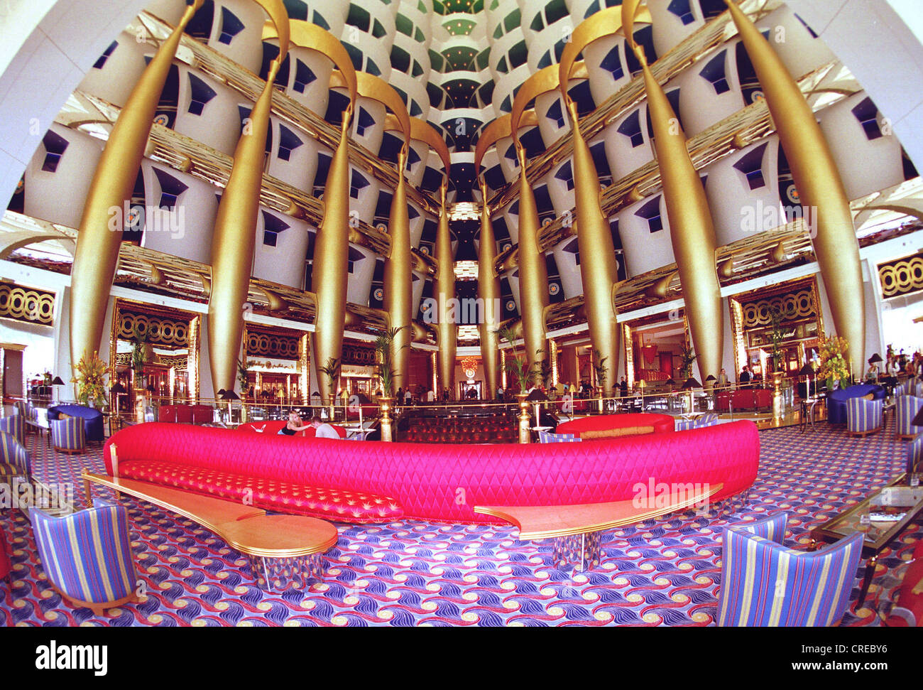 Burj al arab the most expensive hotel in the world dubai for Luxurious hotels in the world