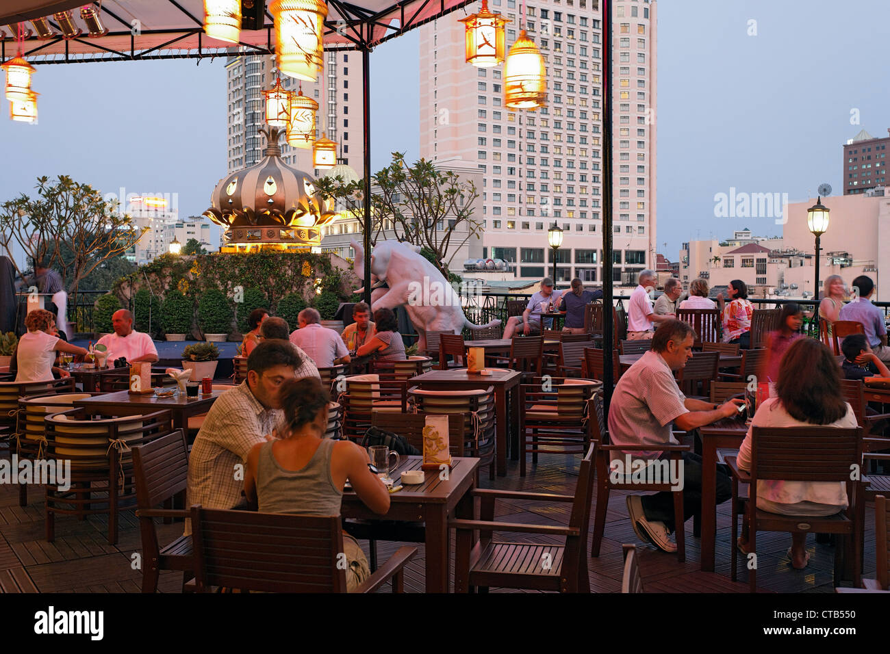 Stock Photo - Restaurant, roof garden, Rex Hotel, Ho chi minh City, Vietnam