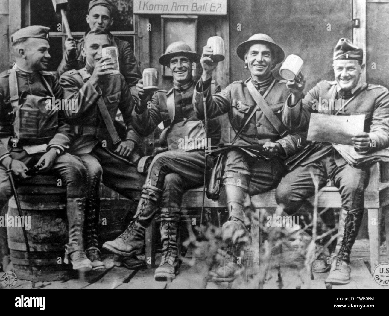 world war i american soldiers in the bois de nonsard section holding stock photo royalty free. Black Bedroom Furniture Sets. Home Design Ideas
