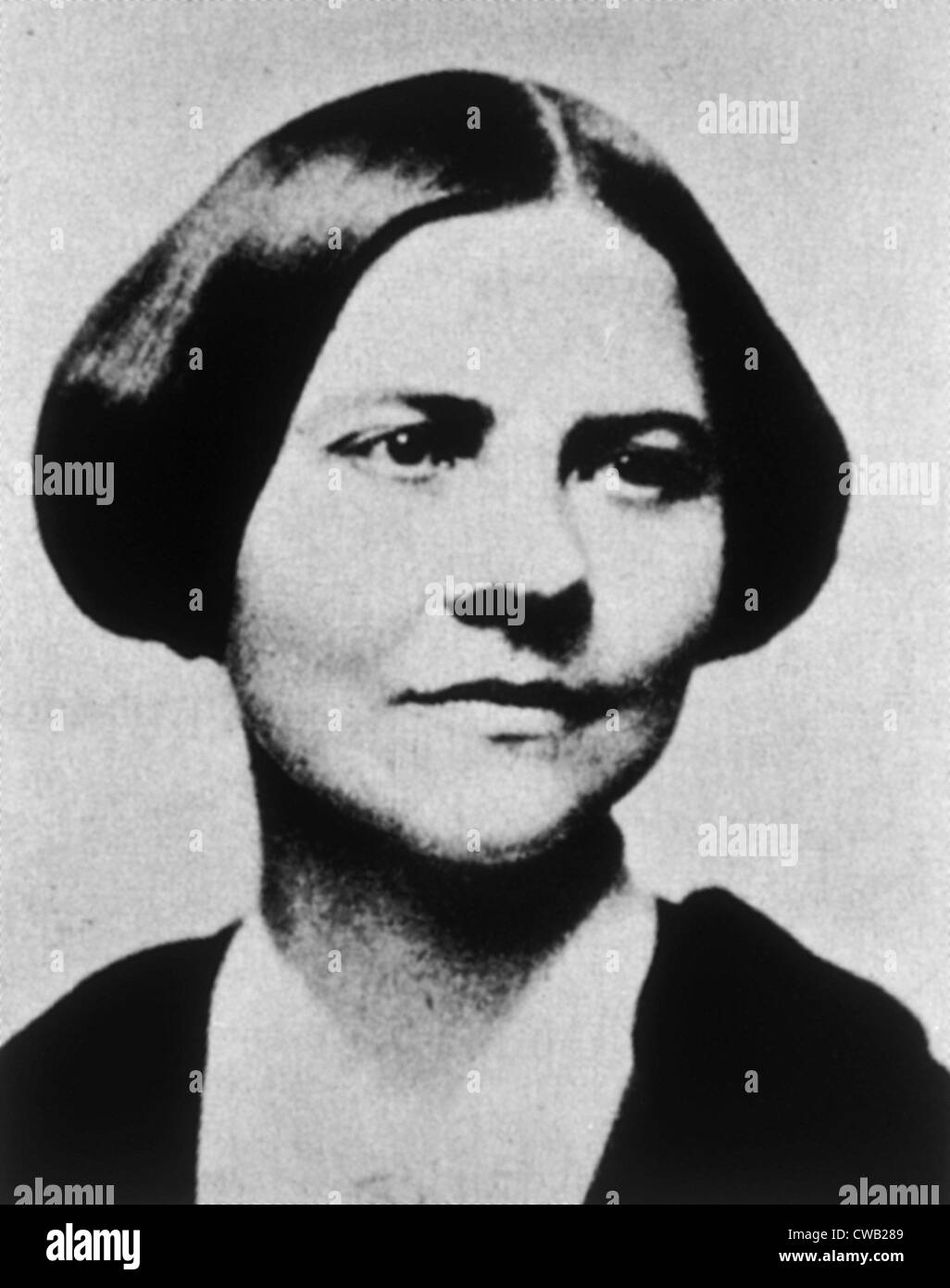 lucy stone Buy a cheap copy of mail-order murder (lucy stone mystery  book by leslie meier while working the night shift at a famous maine mail-order company called country cousins, lucy stone discovers the dead body of sam miller, the companys founder .